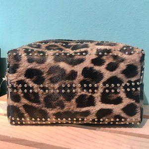 Leopard Print Imoshion Makeup Bag w/Gold studs